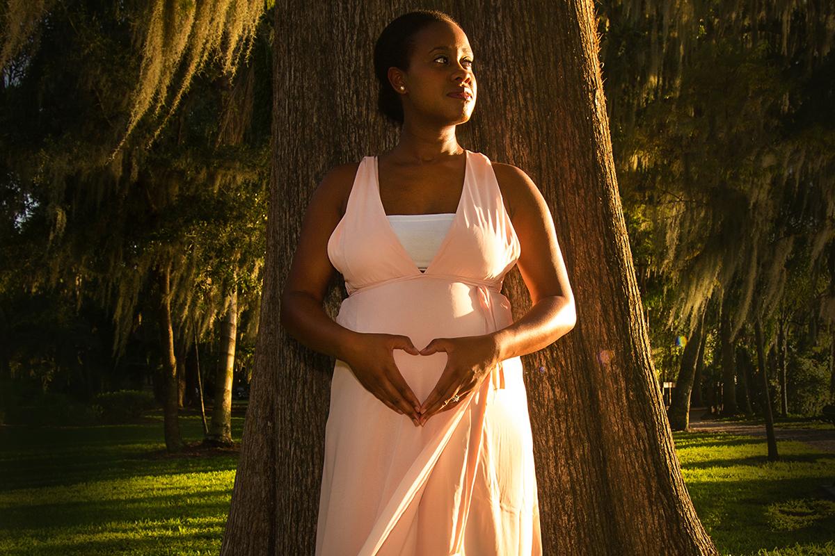 Maternity Photography | Kraft Azalea Gardens, Winter Park